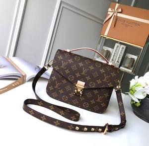 Louis Vuitton Shoulder Bag POCHETTE MÉTIS